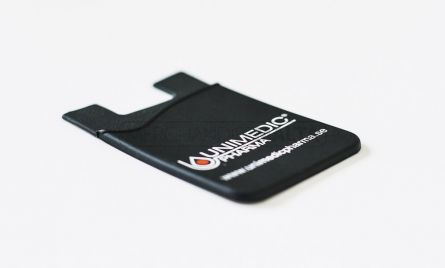 These personalised handy smartphone pouches stick firmly to the back of the phone but can easily be removed without mess or fuss. Ideal for holding up to 2 credit cards, ID cards, loose change, paper cash, or even your headphones – all while advertising your logo on the go simultaneously.